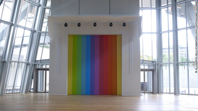 Ellsworth Kelly also created a location-specific piece for the Fondation. <i>Spectrum VIII</i>, a stage curtain, was created from one of his previous works.