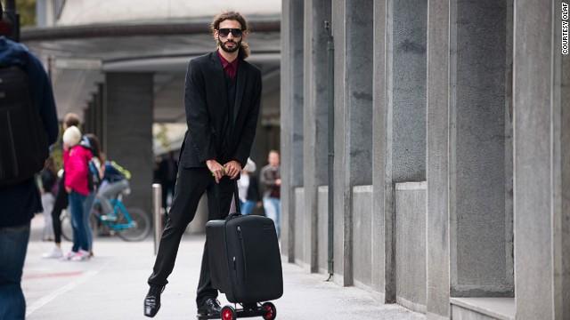 赶飞机神器:滑板车行李箱
