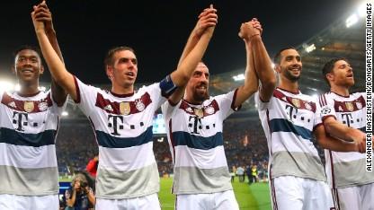 Football: Rampant Bayern hits seven