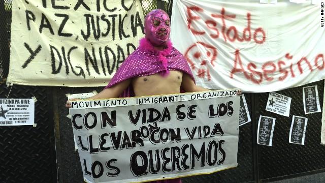 Miles de personas protestan en México para exigir justicia por los 43 desaparecidos