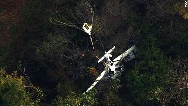 Tres personas mueren en el choque de una avioneta y un helicóptero en Maryland