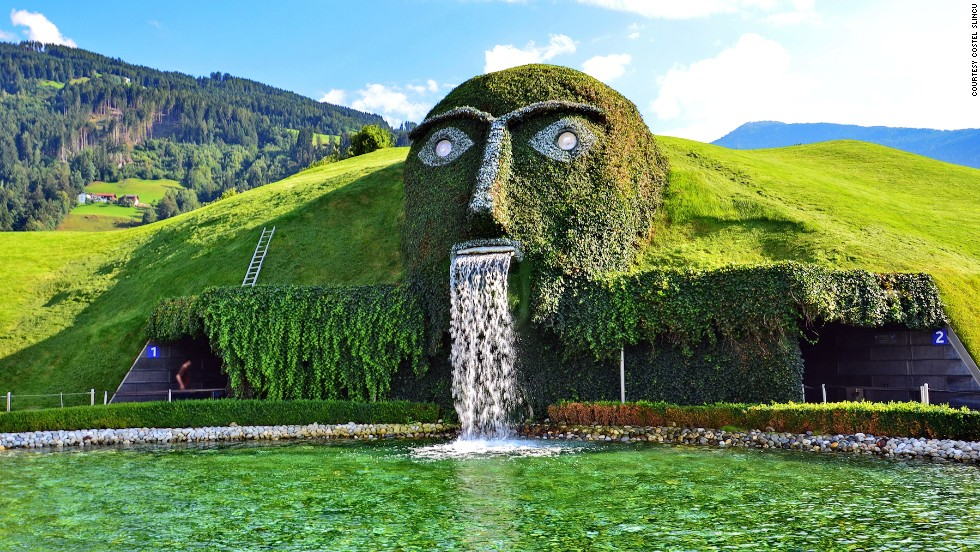 Swarovski Crystal Head Fountain (Austria)