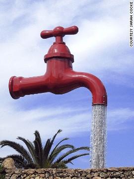 Fuente de grifo (Menorca, España)