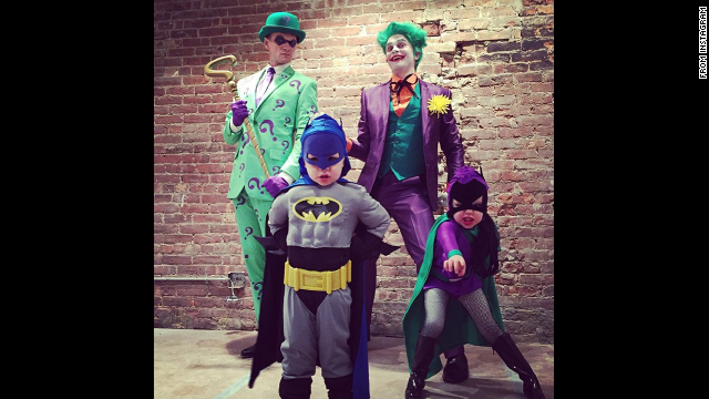 "<a href='http://instagram.com/p/u1QXfiyTmz/?modal=true' target='_blank'>Neil Patrick Harris </a>posted this photo with his family and wrote, ""Happy Halloween from Gotham City!!"""
