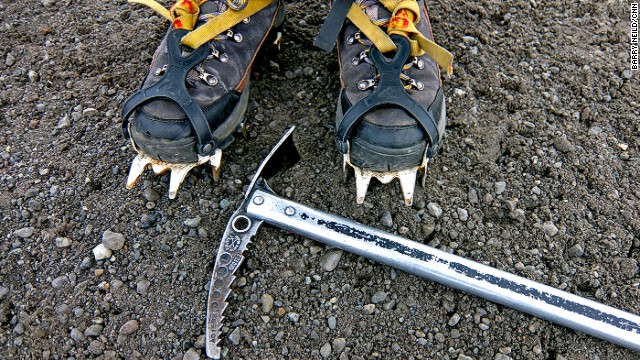 <a href='http://www.mountainguides.is/day-tours/' target='_blank'>Icelandic Mountain Guides </a>offers two-hour tours of Svinafellsjokull. Hiking boots, crampons and an ice ax are standard issue glacier walking kit.