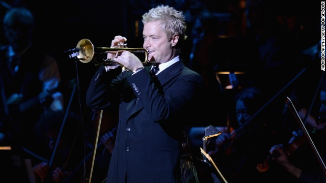 "Chris Botti's November 3 performance of the national anthem during a ""Monday Night Football"" game left one Indianapolis Colts player in tears, with viewers at home calling it one of the best they've ever heard. Performing ""The Star-Spangled Banner"" can be risky business,"
