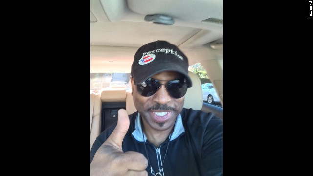 "Actor LeVar Burton <a href='https://twitter.com/levarburton/status/529683634228568064' target='_blank'>tweeted this selfie</a> with the message: ""I voted!!! Have you...???"""