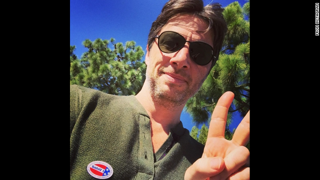 Actor Zach Braff <a href='http://instagram.com/p/u_PEmLP_EG/?modal=true' target='_blank'>posted this selfie</a> to Instagram. No caption needed.