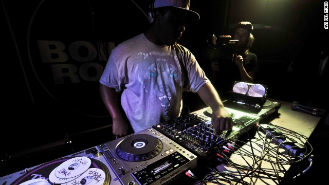 "<i>Discover </i><i><a href='http://www.factmag.com/2014/10/26/100-underrated-djs/' target='_blank'>another 85 ""underrated DJs who deserve more shine"" </a></i><i>on FACT's site, plus 20 more DJs who readers selected as </i><i><a href='http://www.factmag.com/2014/11/02/20-underrated-djs/' target='_blank'>their favorite lesser-known names</a></i><i>. </i>"