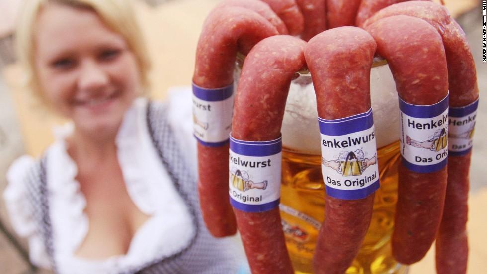 Alemania = cerveza y salchichas