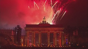 Berlin celebrates the fall of the Wall