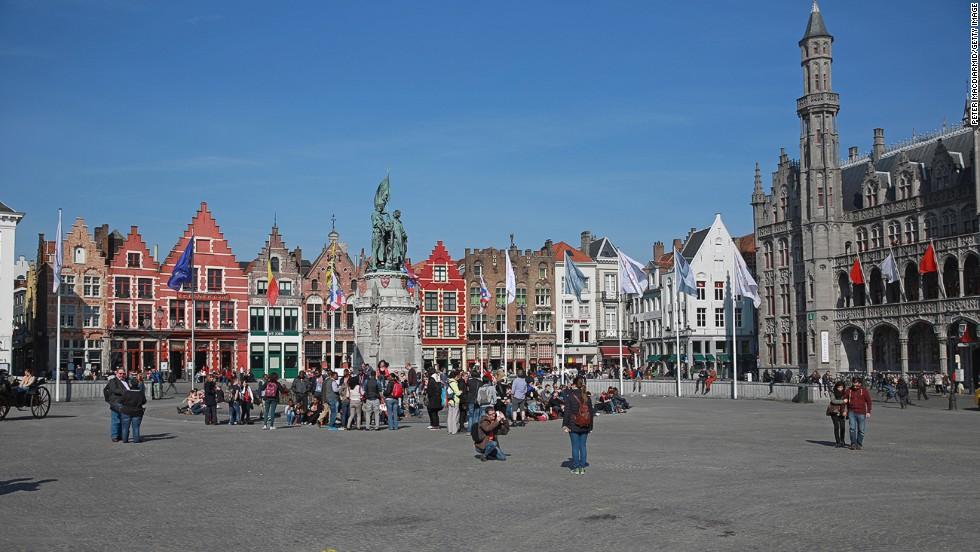 8. Brujas (Bélgica)