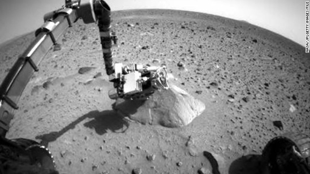 """It wouldn't be the first time NASA has landed on Mars -- albeit without humans on board. Here, the rover 'Spirit' sends images of the """"Red Planet"""" back to Earth in 2004. The mission lasted until 2010."""