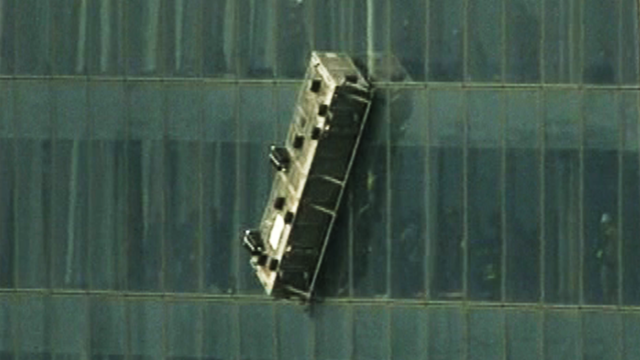2 Workers Rescued From High Up World Trade Center Cnn Com