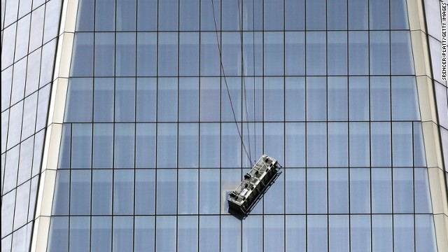 World Trade Center Air Cleaner : Workers rescued from high up world trade center cnn