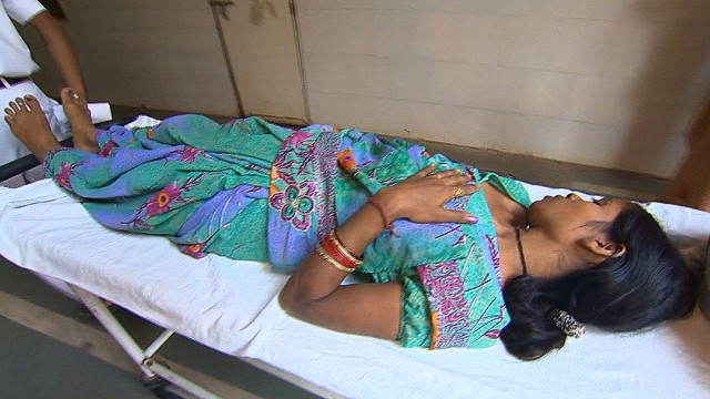 India arresta a dueños de farmacéutica tras estela de muerte por esterilizaciones