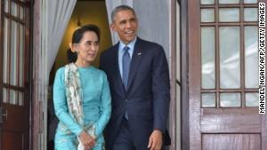 Obama tells Myanmar to advance on democracy