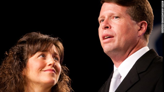 "More than 80,000 people have signed a petition to cancel the TLC reality show ""19 Kinds and Counting"" for what the petition says is an anti-LGBT stance. According to the petition, Michelle Duggar's voice can be heard on a recorded call from this past summer urging the citizens of Fayetteville, Arkansas, to vote to repeal a law that forbids business owners and landlords from evicting and firing people based on gender identity."