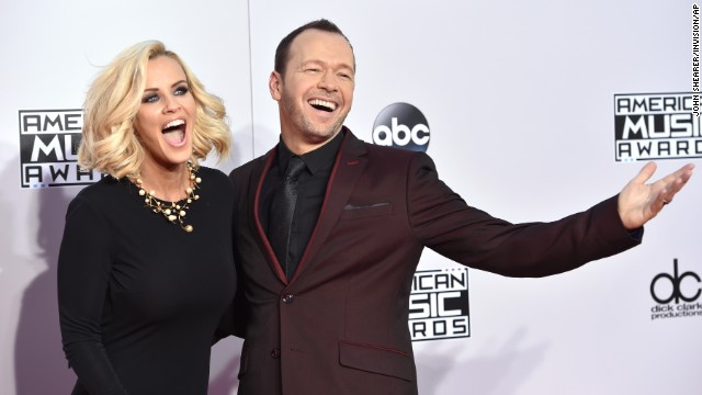 Jenny McCarthy, left, and Donnie Wahlberg