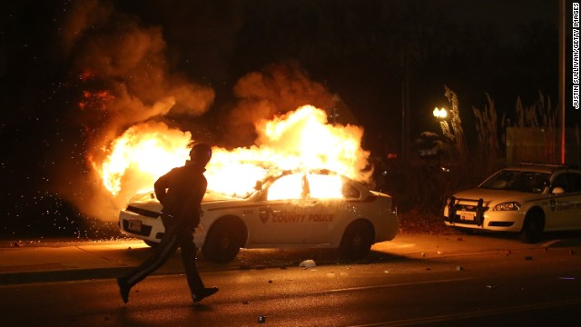 Fires and chaos erupt in Ferguson after grand jury doesn't indict in Michael Brown case