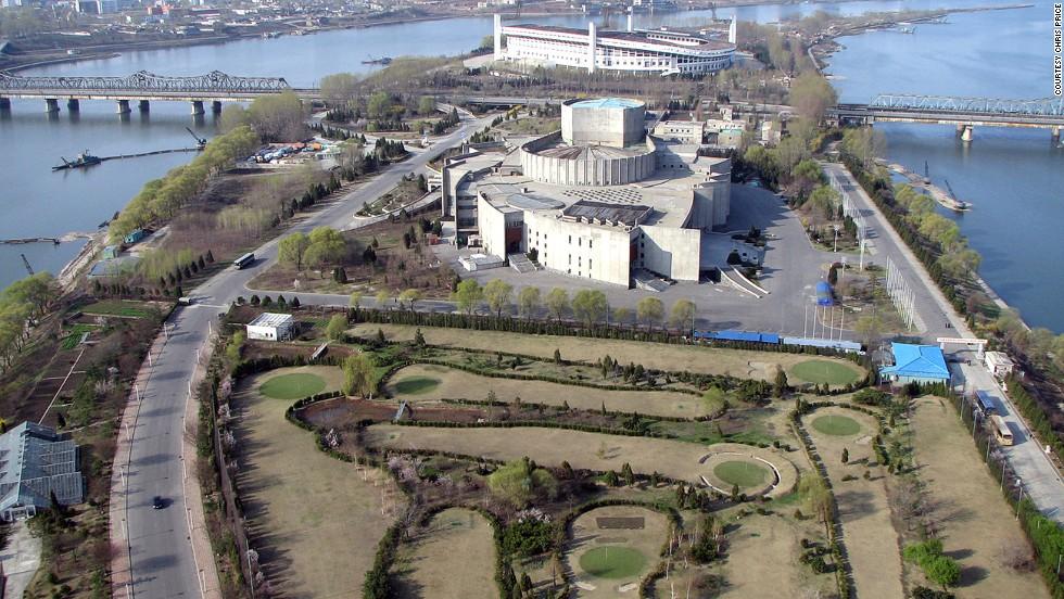 Campo de golf del Yanggakdo International Hotel (Pyongyang, Corea del Norte)