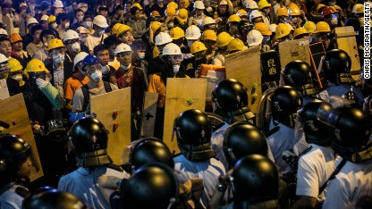 Hong Kong protests continue to draw support