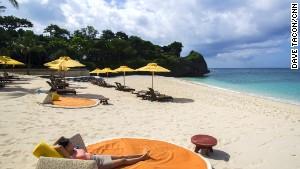 Banyugan Beach is also a great snorkeling spot with large shoals of fish just offshore.