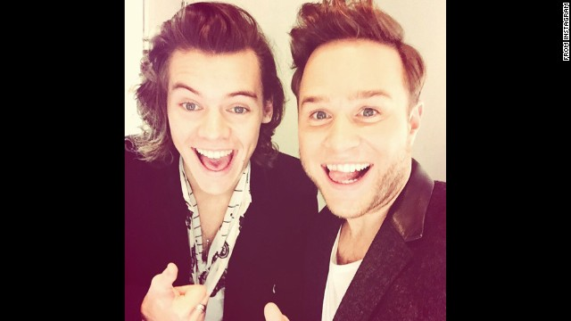 Singer Olly Murs, right, <a href='http://instagram.com/p/vbKn5Inyat/?modal=true' target='_blank'>takes a selfie</a> with One Direction's Harry Styles on Saturday, November 15.