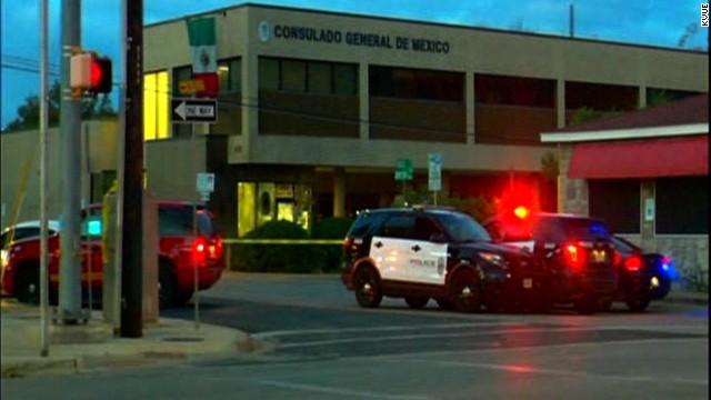 Un hombre dispara contra el consulado de México en Austin, Texas