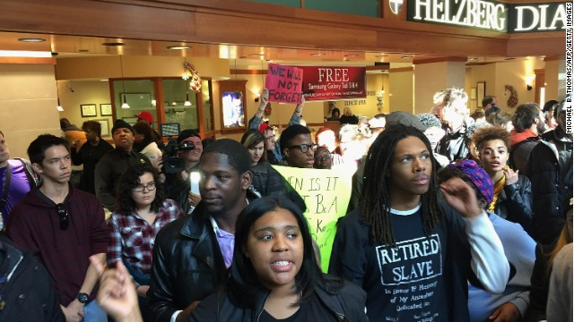 Protesters disrupt Black Friday shopping after Ferguson comes together