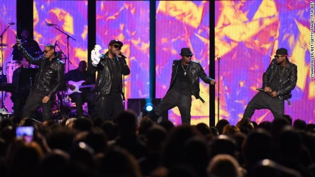 '90s R&B stars Jodeci reunited for Sunday night's Soul Train Awards in Las Vegas.