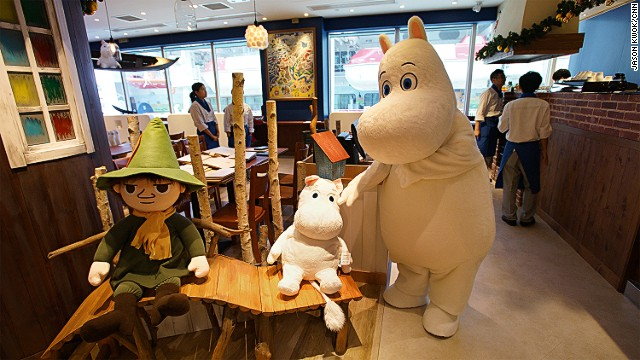 A giant Moomin will be making visits to the cafe in the following weeks of the opening.