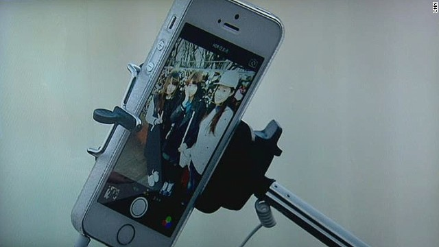 Selfie stick, the most popular gift Americans won't get this Christmas