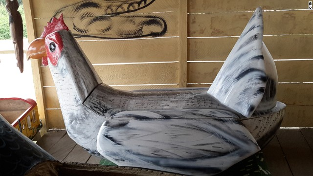 This hen coffin was created by Ghana-based designer Kudjoe Affutu who has been in the business since 2007.