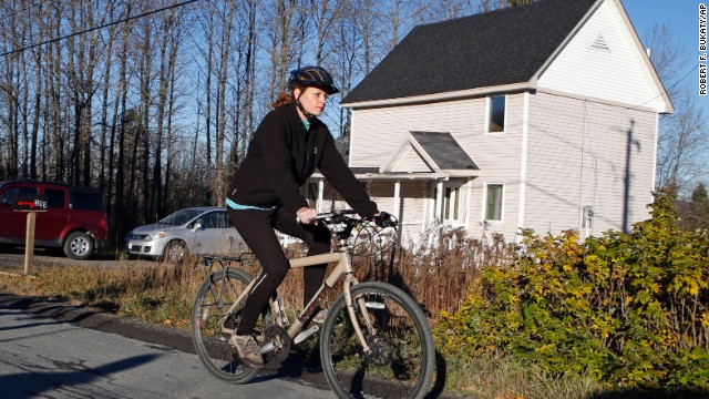 <strong>October 30:</strong> Kaci Hickox leaves her home in Fort Kent, Maine, to take a bike ride with her boyfriend. State authorities wanted Hickox, a nurse who treated Ebola victims in West Africa, to avoid public places for 21 days -- the virus' incubation period. But Hickox, who twice tested negative for Ebola, <a href='http://ift.tt/10Brtgu'>said she would defy efforts</a> to keep her quarantined at home.