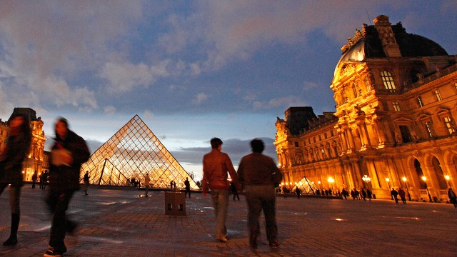 It was a surprise that neither the Eiffel Tower nor Louvre Museum made it to last year's Instagram list. This year the Louvre made its mark, scoring a sixth place position.