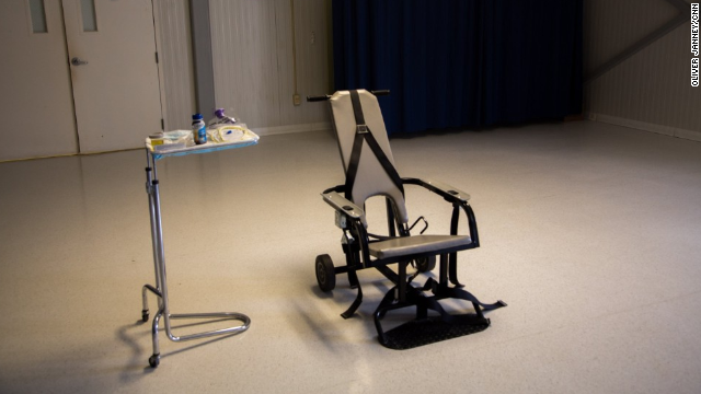 5 técnicas de tortura que usó la CIA en interrogatorios en la última década