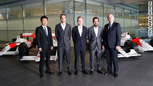 Honda's Chief Officer of Motosport Yasuhisa Arai, Jenson Button, Kevin Magnussen, Fernando Alonso and McLaren CEO and chairman Ron Dennis