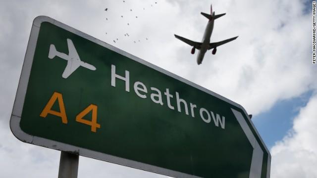 Londres reabre su espacio aéreo, pero se esperan retrasos