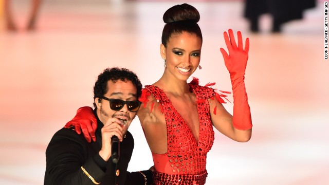 Miss France Flora Coquerel waves to the audience.