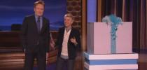 Ellen surprises Conan audience