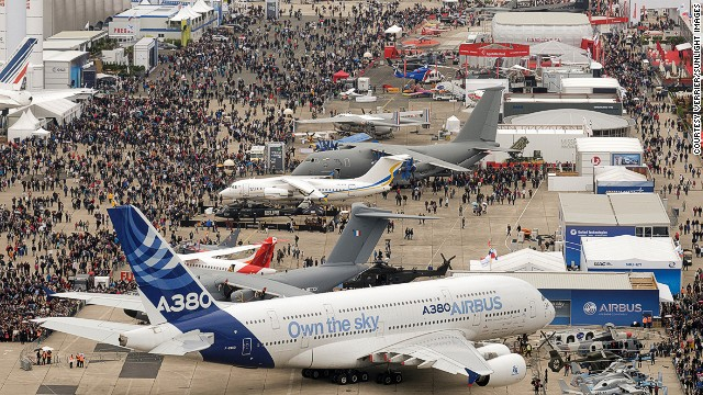 Unlike in 2014, 2015's major air shows -- in Paris and Dubai -- will lack fanfare. The Big Four airplane manufacturers -- Airbus, Boeing, Bombardier, Embraer -- have tapped out their new launches.