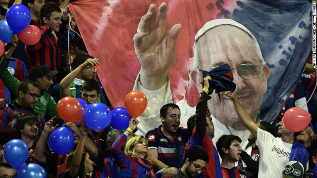 South American champions San Lorenzo went into the final as the underdogs but at least Pope Francis is in their corner as a lifelong fan of the Argentine club.