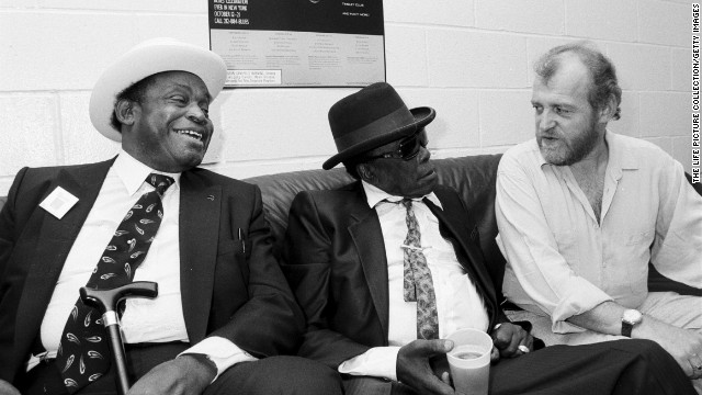 Blues legend John Lee Hooker, center, with Cocker in 1990.