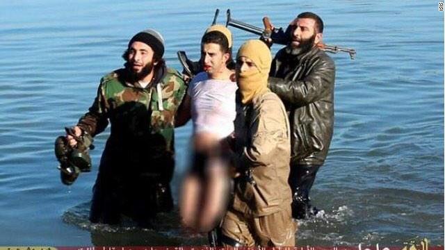 ISIS derriba un avión de la coalición internacional y secuestra al piloto