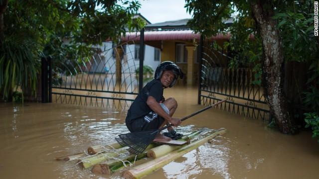 Más de 132.000 evacuados por las inundaciones en Malasia