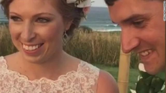Pareja cambia sitio de boda porque Obama quería jugar golf