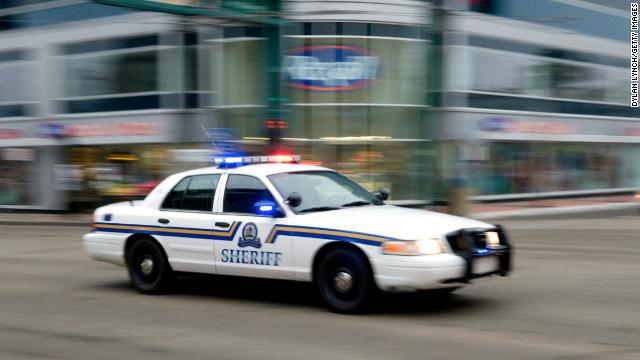 Un hombre mata a 8 personas y se suicida en Canadá