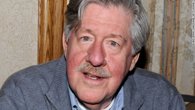 "<a href='http://www.cnn.com/2014/12/31/showbiz/celebrity-news-gossip/feat-obit-edward-herrmann-dead-gilmore/index.html'>Edward Herrmann</a>, the versatile, honey-voiced actor whose roles included patricians and politicians such as ""Gilmore Girls"" father Richard Gilmore, ""The Practice"" law professor Anderson Pearson and President Franklin D. Roosevelt, died on Wednesday, December 31. He was 71."