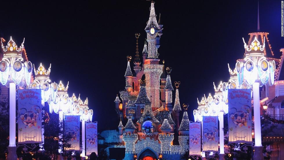 7. Disneyland París
